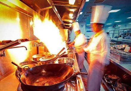 企业活动聘请石家庄厨师上门服务的六大优势